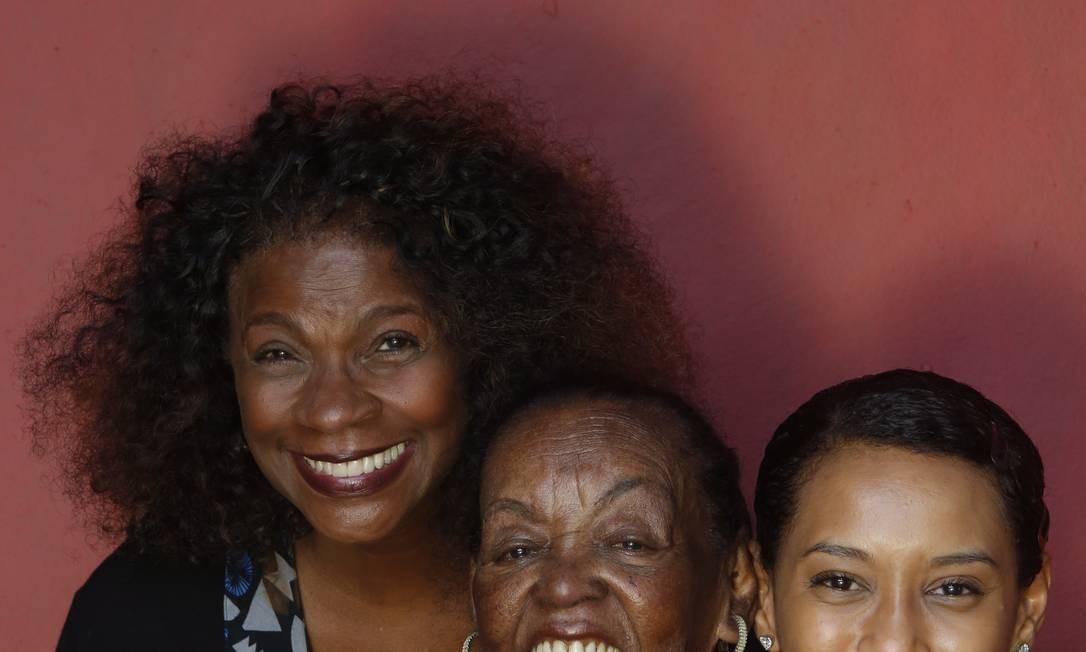 Zezé Motta, Ruth de Souza e Thaís Araújo são estrelas da TV Foto: Ana Branco