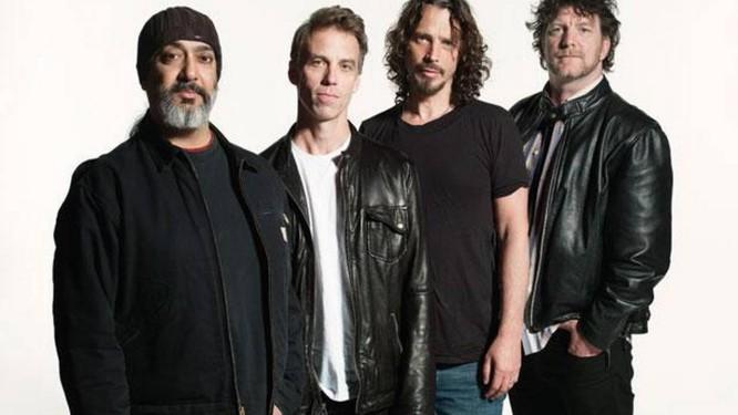 O Soundgarden, da esquerda para a direita: Kim Thayil, Matt Cameron (que dá lugar a Chamberlain), Chris Cornell e Ben Shepherd Foto: Divulgação