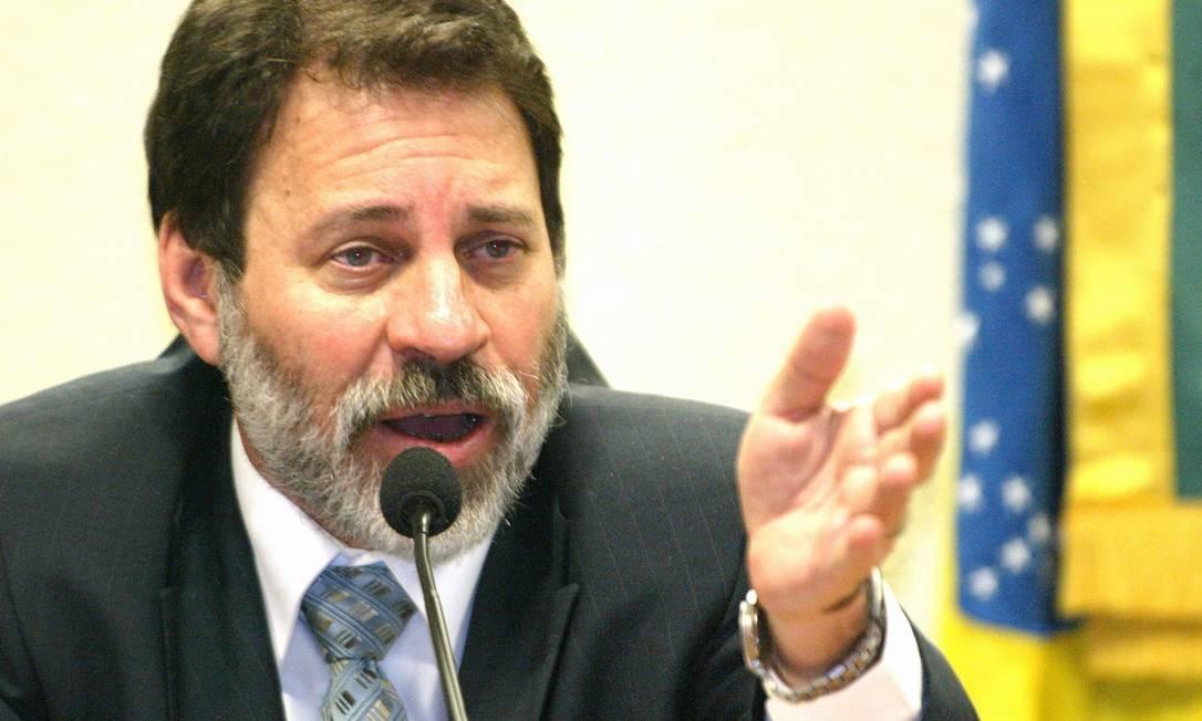 PT. O ex-tesoureiro do partido Delúbio Soares: condenado pelo STF no processo do mensalão Foto: Ailton de Freitas 23/05/2006 / Agência O Globo