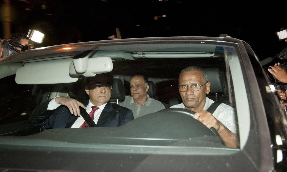 Marcos Valério chega à sede da Policia Federal em Belo Horizonte Foto: / Jackson Romanelli