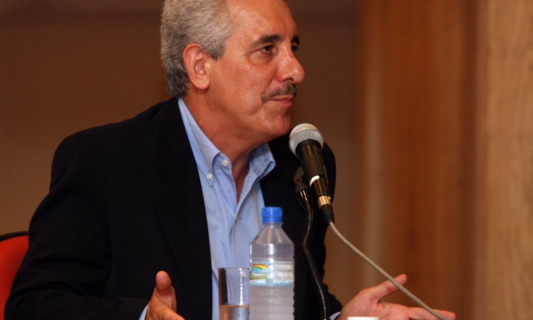 Henrique Pizzolato preta depoimento à Justiça Federal em 2008 Foto: Ana Branco / Agência O Globo