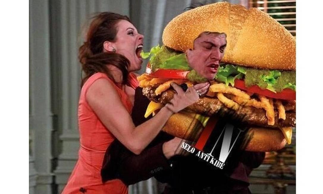 Faminta, Paloma tem uma miragem e ataca Félix pensando que sua cabeça é um hambúrguer Reprodução da internet