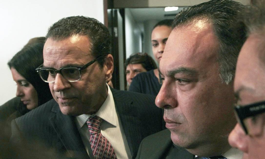 Vice-presidente da Câmara, deputado André Vargas (PT-PR) e o presidente da Câmara, Henrique Alves Foto: Jorge William / O Globo