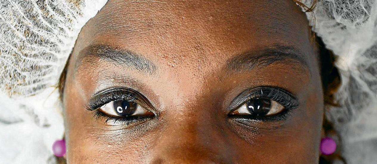 Edna Bessa faz tratamento a laser e limpeza de pele em viagens ao Brasil - Foto: Leo Martins