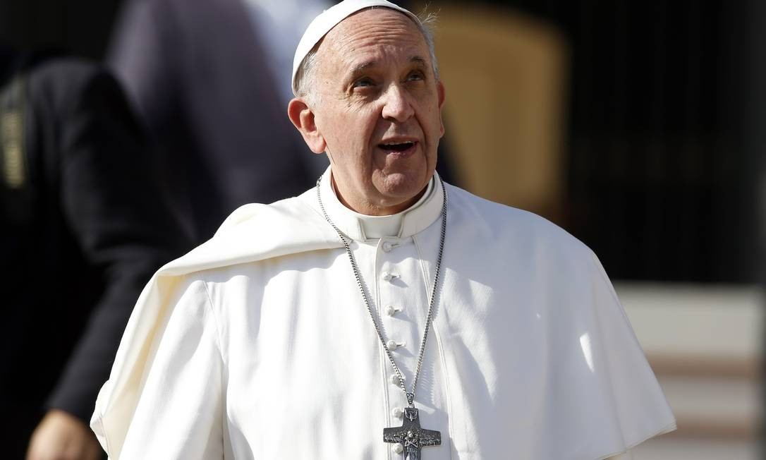 Papa Francisco após audiência geral na Praça de São Pedro em 20 de novembro Foto: STEFANO RELLANDINI / REUTERS