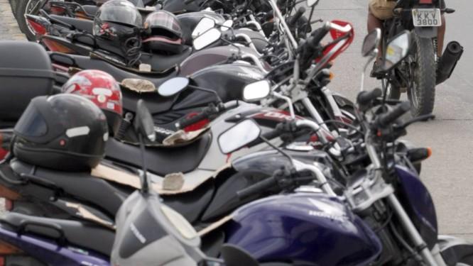 Houve um aumento de 246% na frota das motos no Norte e Nordeste Foto: O Globo / Efrém Ribeiro