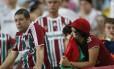 Torcedores do Fluminense preocupados no Maracanã. Após os resultados da rodada, o time tricolor entrou na zona de rebaixamento