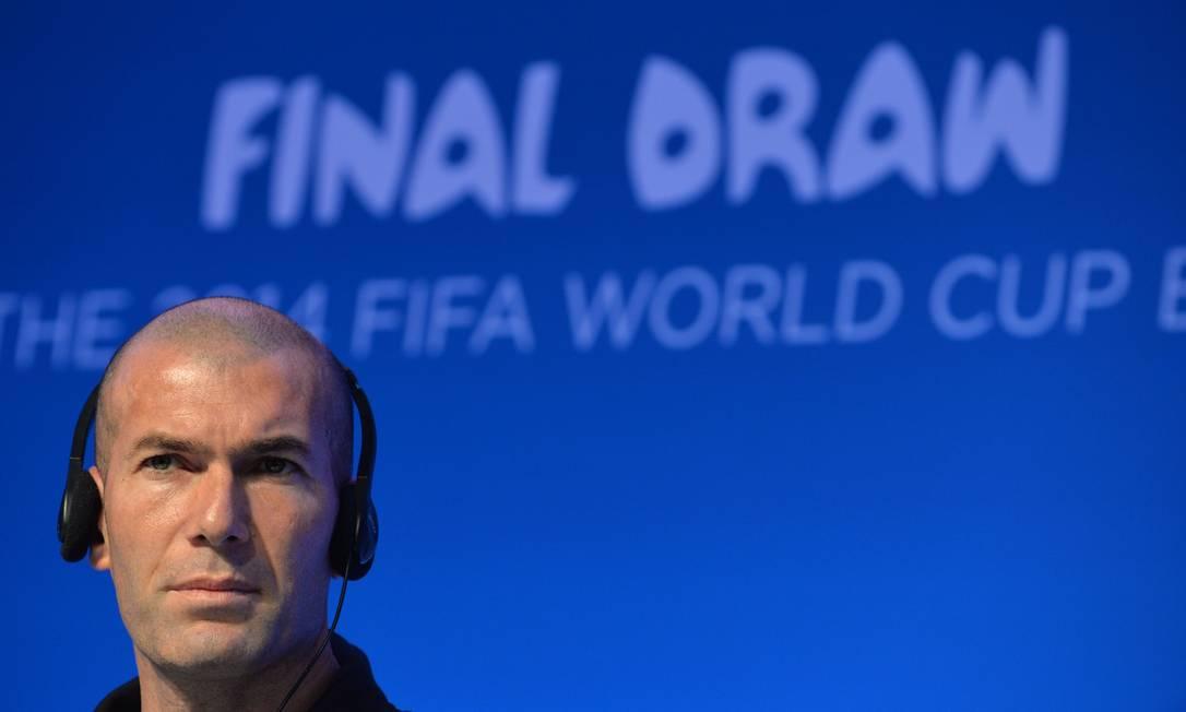 Francês Zidane diz que o que Cristiano Ronaldo faz é monstruoso Foto: NELSON ALMEIDA / AFP