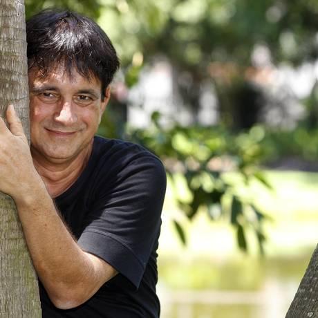 Byafra no Campo de São Bento, um de seus locais prediletos: ele não conseguiu trocar a cidade pelo Rio Foto: Márcio Alves / Agência O Globo