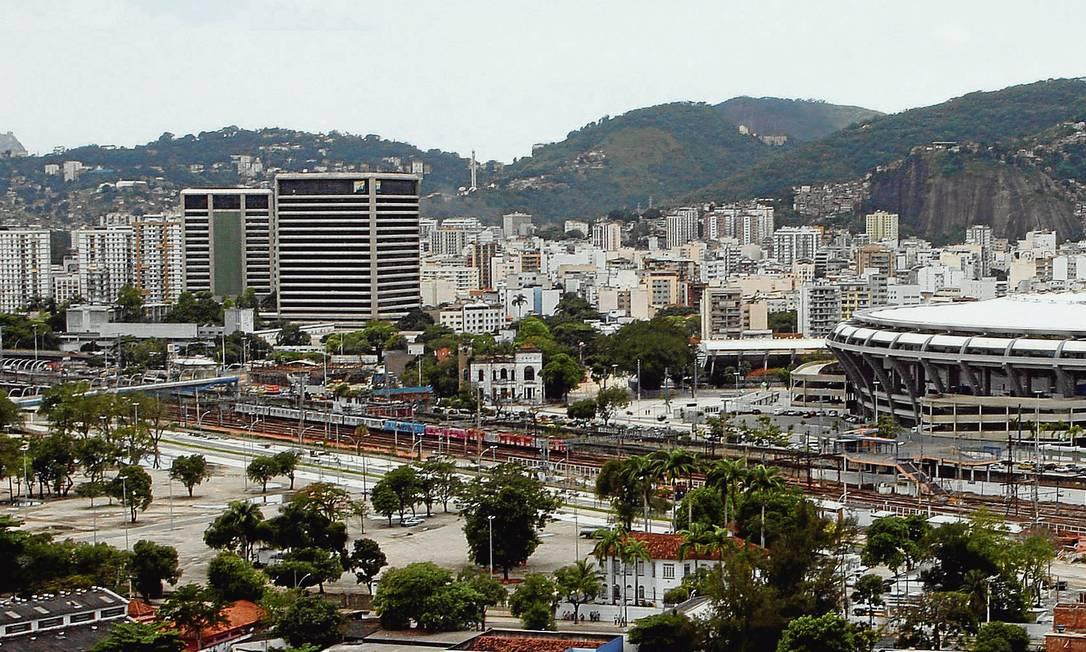 O terreno cedido à prefeitura: terminal funcionaria a partir do Natal até a Semana Santa de 2014. Foto: Marcos Tristão / Agência O Globo