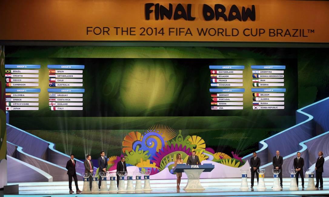 O sorteio dos grupos da Copa do Mundo, na Costa do Sauipe, na Bahi Foto: SERGIO MORAES / REUTERS