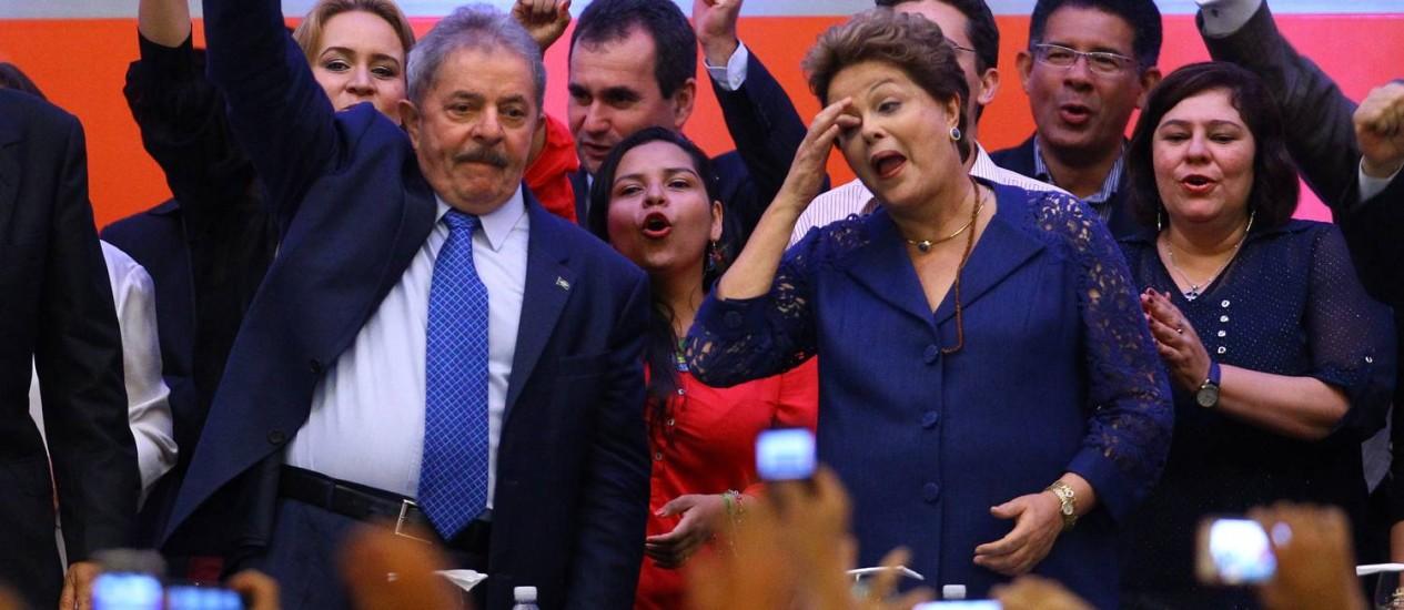 Lula e Dilma participam de Congresso do PT em Brasília Foto: André Coelho / O Globo