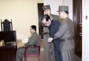 Jang Song Thaek durante julgamento na Coreia do Norte Foto: YONHAP / REUTERS
