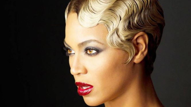 Beyoncé numa cena do videoclipe de