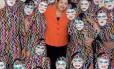 Abraçaço. Dilma com um grupo de ginástica acrobática