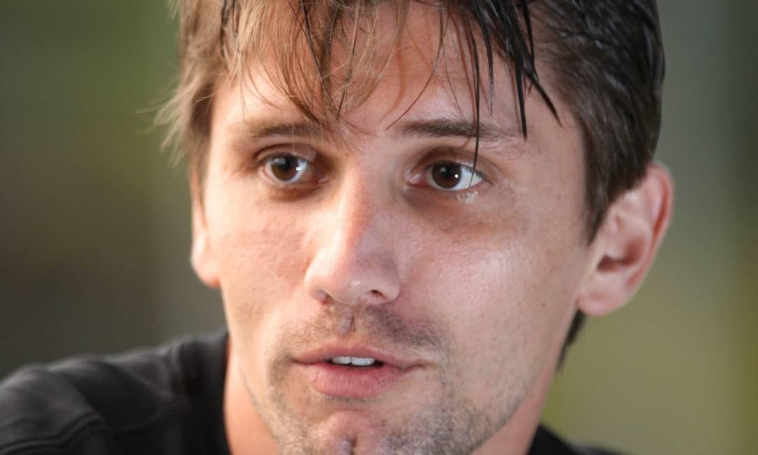 O zagueiro Paulo André disse que a decisão no tribunal é fruto da desorganização da CBF Foto: Marcos Alves / O Globo