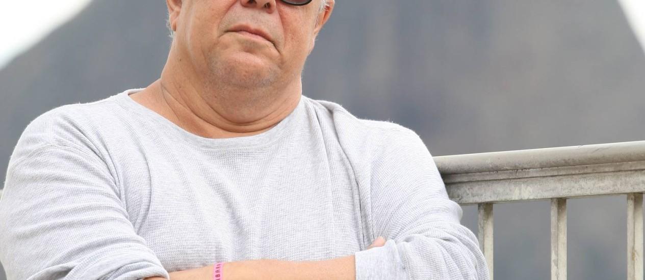 Paulo Magalhães conviveu com 35 moradores de rua - Foto: Ivo Gonzalez / Agência O Globo