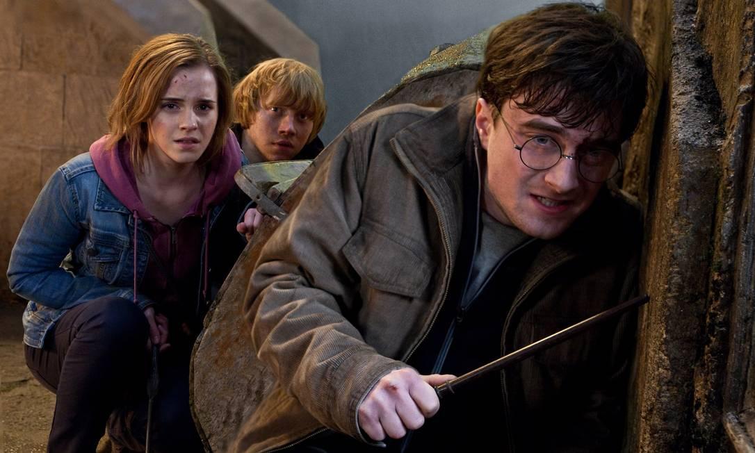 Emma Watson, Rupert Grint e Daniel Radcliffeem cena de 'Harry Potter e as Relíquias da Morte - Parte 2' Foto: Divulgação
