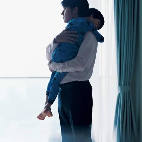 Masaharu Fukuyama e Keita Ninomiya, pai e filho no filme de Hirokazu Kore-eda. Foto: Divulgação