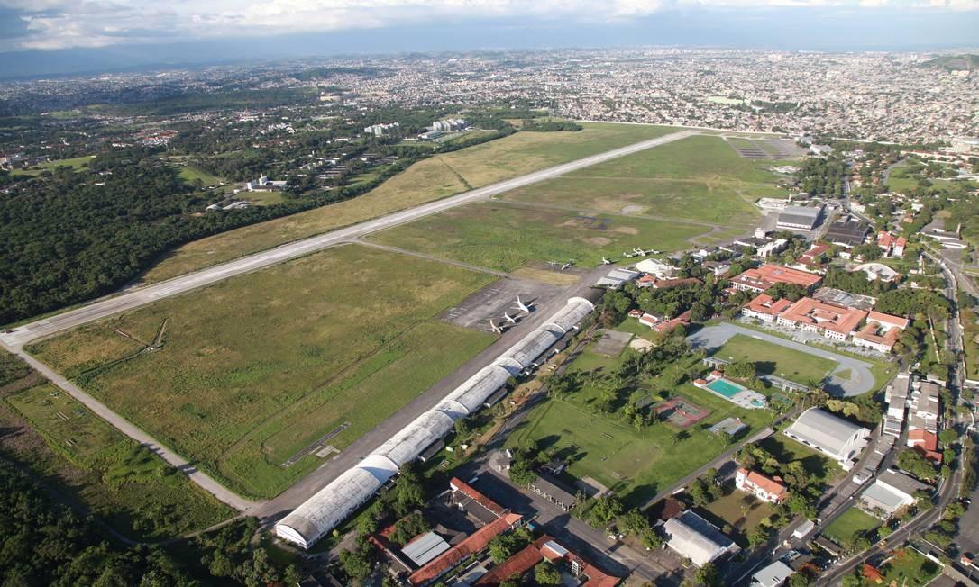 RI Rio de JAneiro (RJ) 20/12/2013 base aérea dos afonsos Foto Genilson De Araujo Foto: Agência O Globo