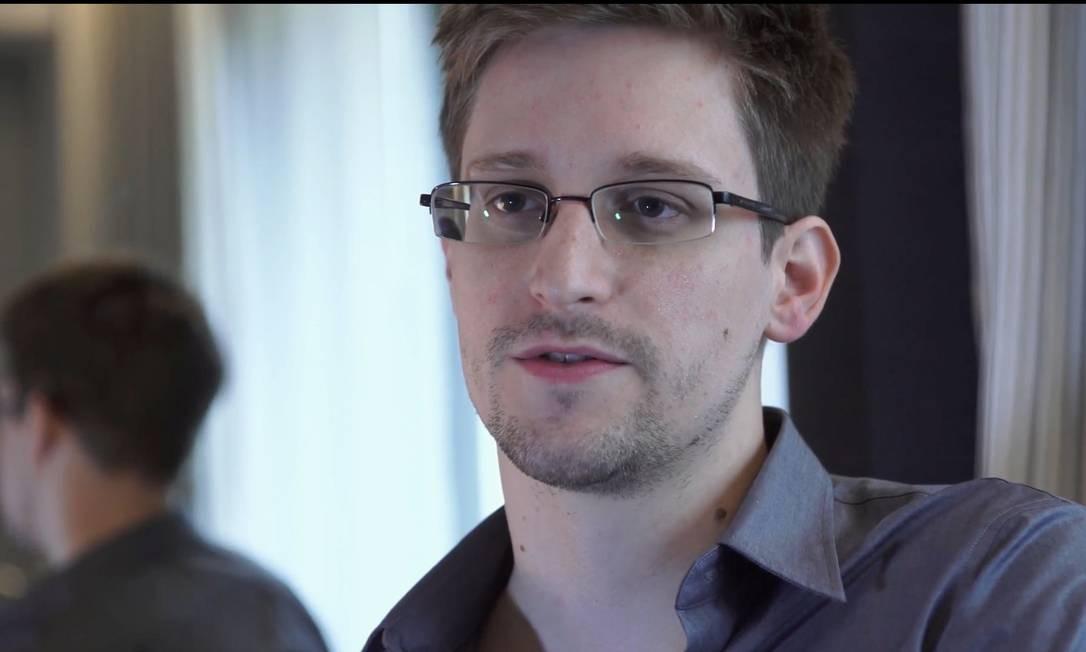 Snowden fala sobre riscos da perda de privacidade em mensagem de Natal Foto: Glenn Greenwald and Laura Poitras / AP/9-6-2013