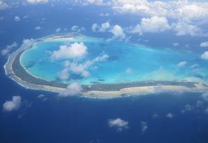 Vista aérea de Onotoa, uma das 33 ilhas de Kiribati, no Oceano Pacífico Foto: Creative Commons