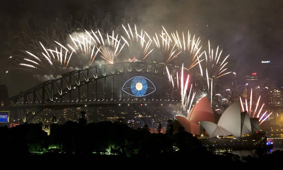 A Baía de Sydney é palco da queima de fogos no país Foto: JASON REED / Reuters