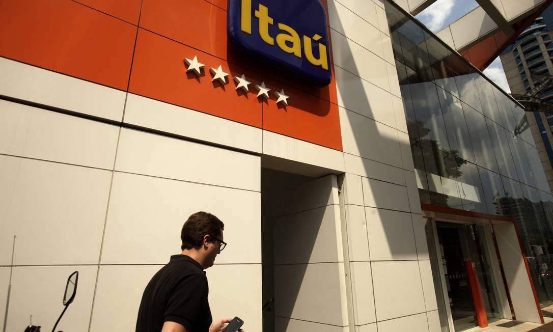 Banco diz que ressarcimento foi automáticos, mas alguns clientes negam e se queixam nas redes sociais Foto: Dado Galdieri / Bloomberg