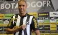 Jorge Wagner é um dos reforços já contratados pelo Botafogo