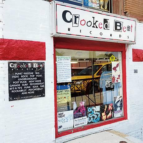 A Crooked Beat, loja de vinis em Washington DC, trabalha com selos independentes Foto: Flavia Barbosa / O Globo