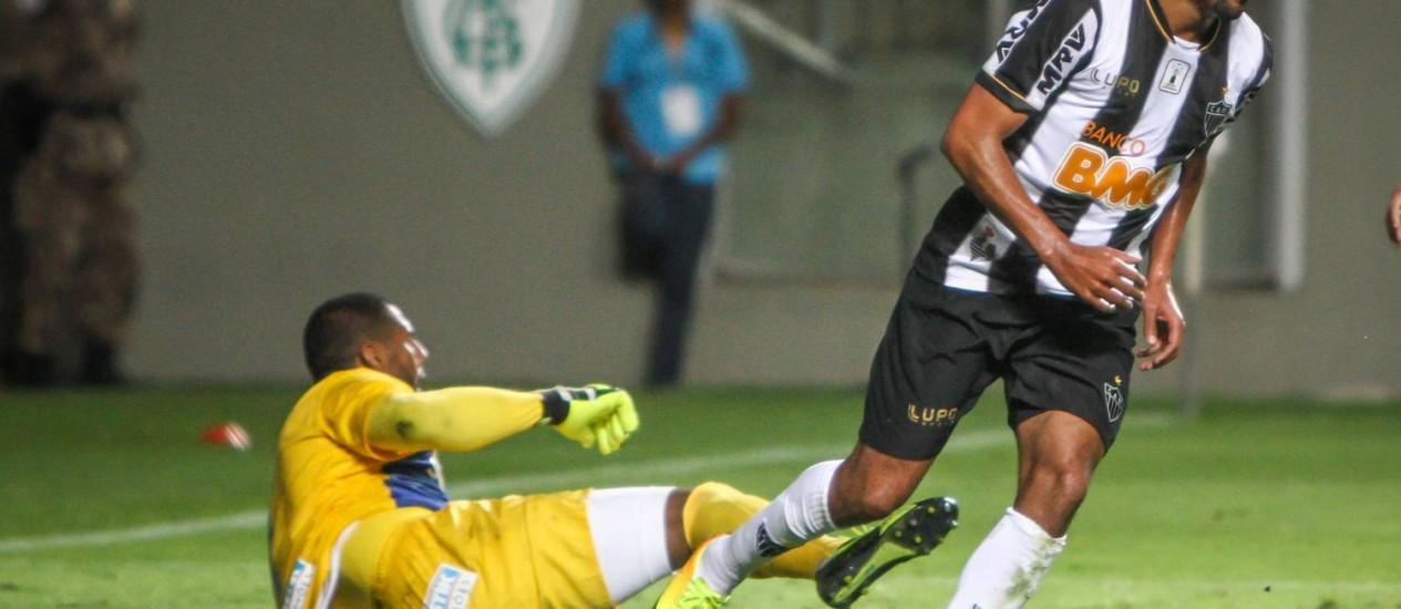 Alecsandro, em ação pelo Atlético-MG Foto: Divulgação / Atlético-MG