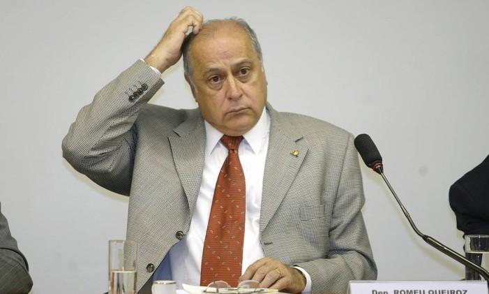 <br /> Ex-deputado Romeu Queiroz foi condenado a seis anos e seis meses de prisão<br /> Foto: Ailton de Freitas / O Globo/9-11-2005