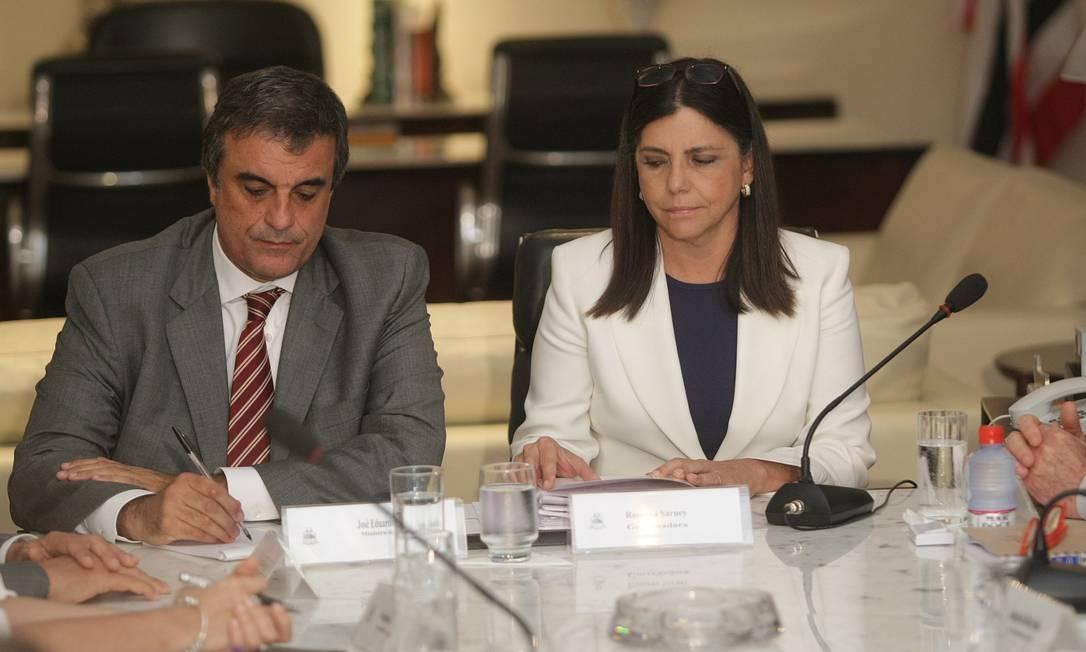 Reunião entre José Eduardo Cardozo e Roseana Sarney Foto: Hans von Manteuffel / O Globo