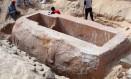 Tumba do faraó encontrada no Egito era simples pois a civilização passava por um momento de crise, segundo arqueólogos Foto: Ministério de Antiguidades do Egito / AFP
