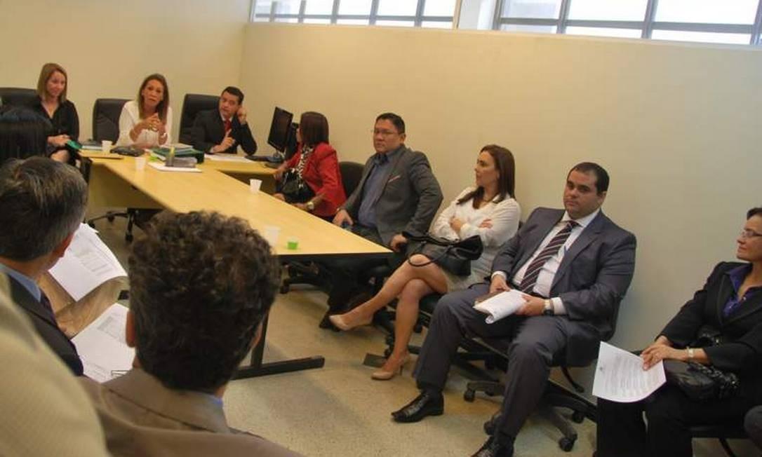 Defensores públicos, juízes e promotores de Justiça começaram a debater medidas para o mutirão carcerário Foto: Divulgação / MP