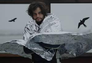 Wagner Moura interpreta um salva-vidas de Fortaleza que foge para a Alemanha em busca de um grande amor. Foto: Divulgação/Alexandre Ermel