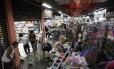 Muitos lojistas tiveram prejuízos com o temporal desta quinta-feira