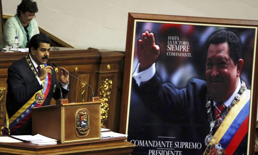 Maduro durante a cerimônia anual na Assembleia Nacional Foto: Fernando Llano / AP
