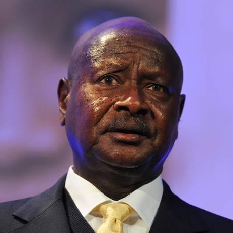 O presidente da Uganda., Yoweri Museveni, durante encontro em Londres Foto: Carl Court / AP