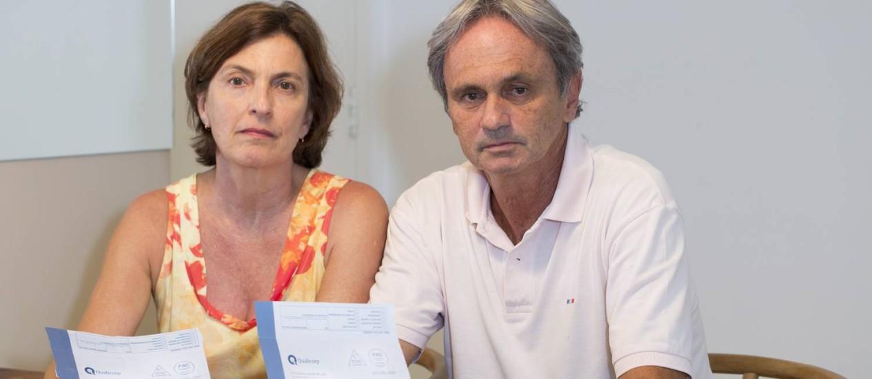 Paulina e Eduardo Gonik tiveram mensalidade aumentada em 115% ao completarem 59 anos Foto: Simone Marinho