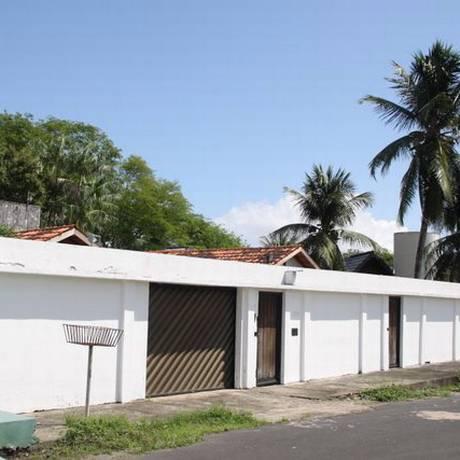 A casa que consta como domicílio eleitoral, até recentemente ocupara por um aliado, está fechada Foto: Chico Terra