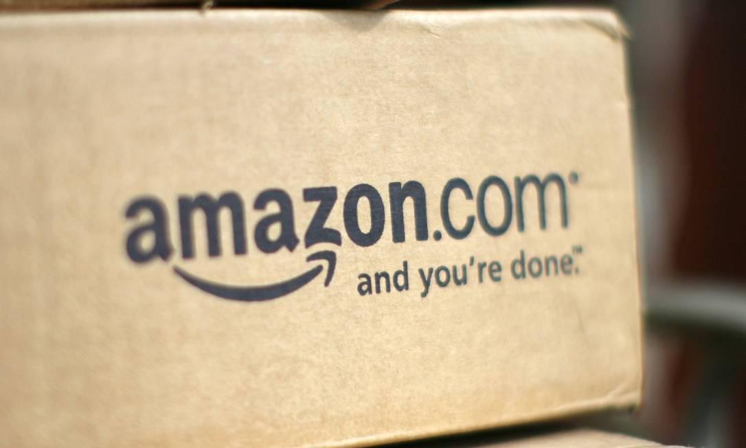 Se a previsão para uma encomenda se provar furada, Amazon considera presentear o internauta com aquele item para construir uma boa reputação junto à clientela Foto: RICK WILKING / REUTERS