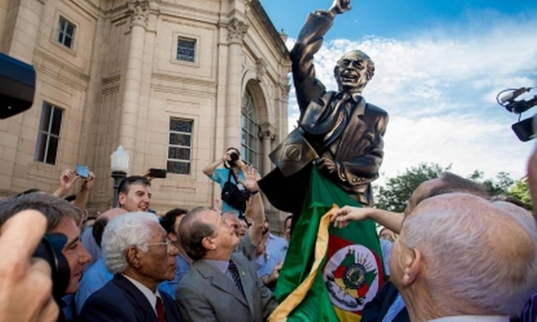 Estátua do ex-governador do Rio, Leonel Brizola, inaugurada em Porto Alegre Foto: Palácio Piratini/Divulgação