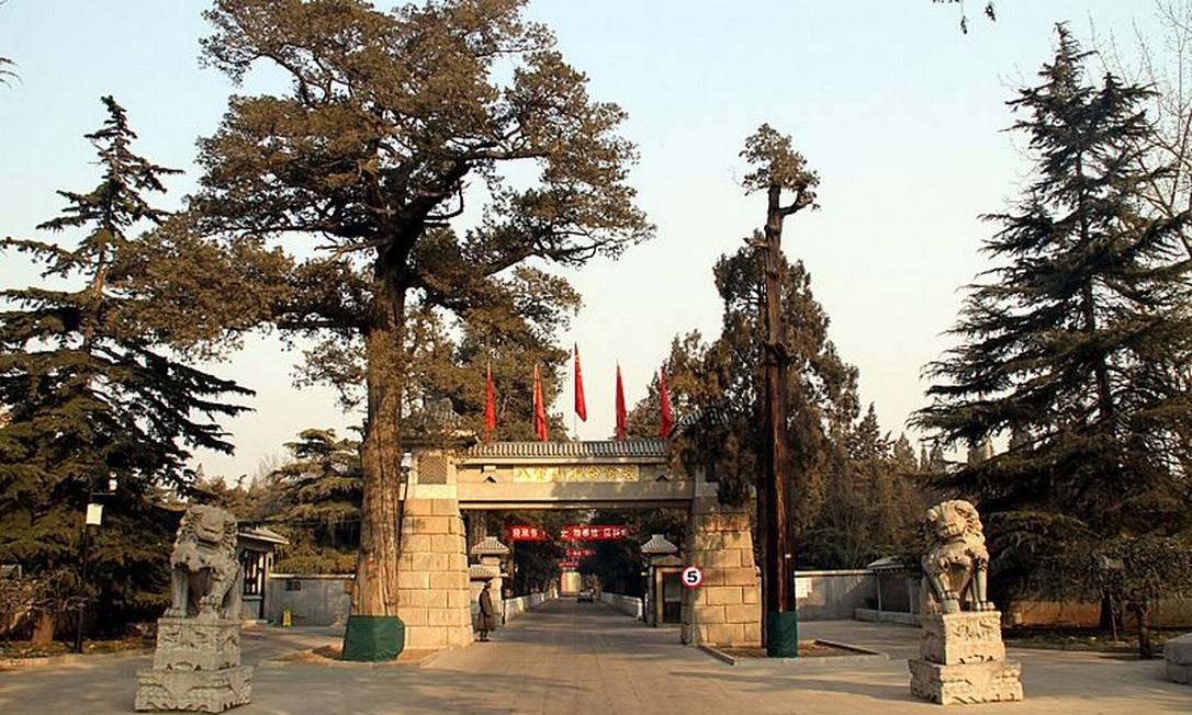 O cemitério de Babaoshan, onde vários líderes políticos foram enterrados Foto: Reprodução/Wikipedia