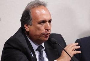 O candidato do PMDB e vice-governador Luiz Fernando Pezão Foto: André Coelho / Arquivo O Globo