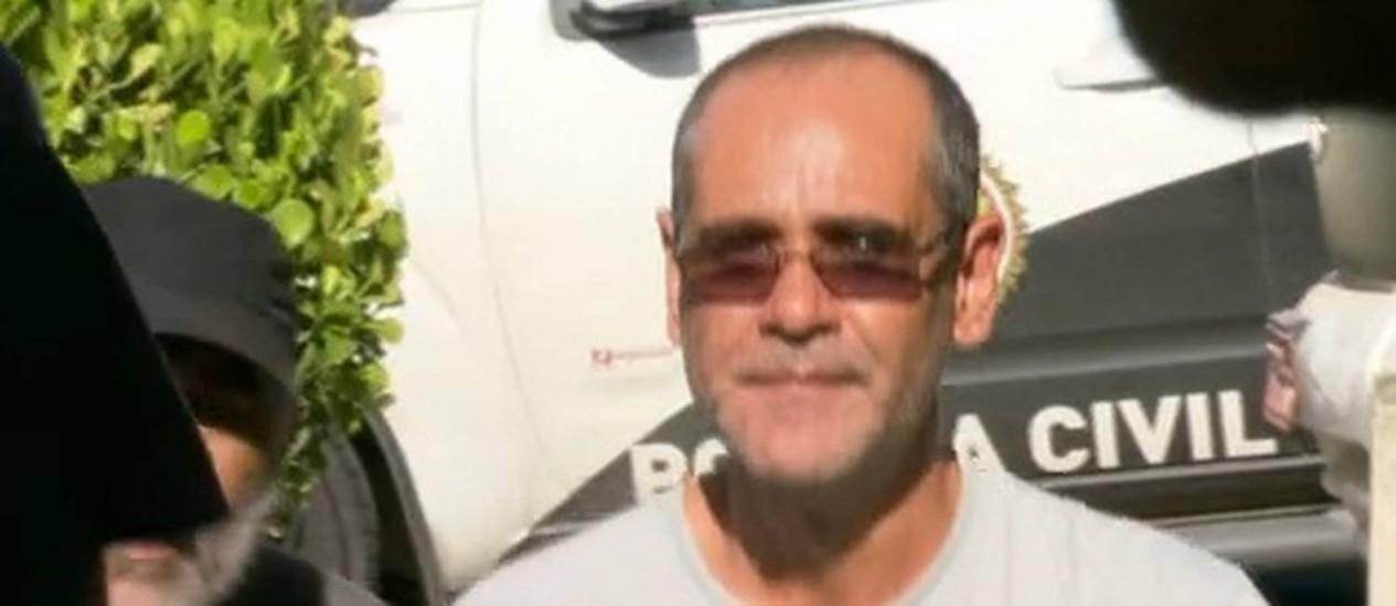 Homem se passava por médico e atendia em posto de saúde de São João de Meriti Foto: Reprodução / TV Globo