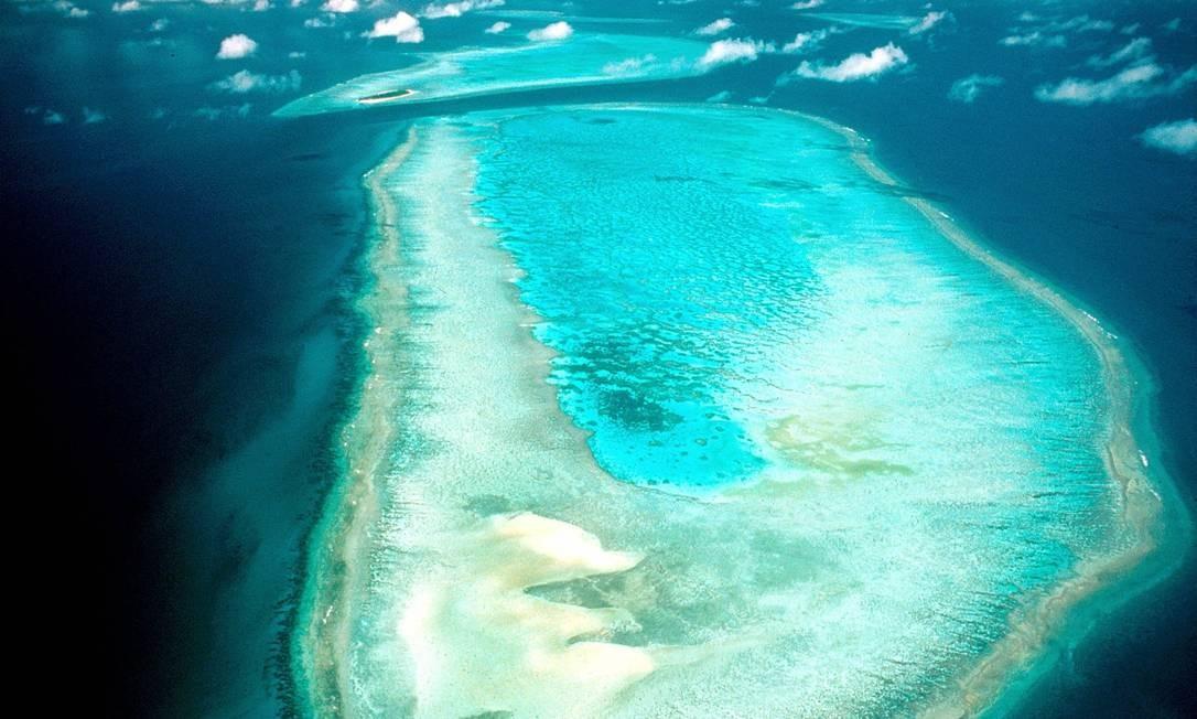 Grande Barreira de Coral australiana, um Patrimônio Mundial da Humanidade, está ameaçada por projeto de ampliação de porto de carvão Foto: AFP
