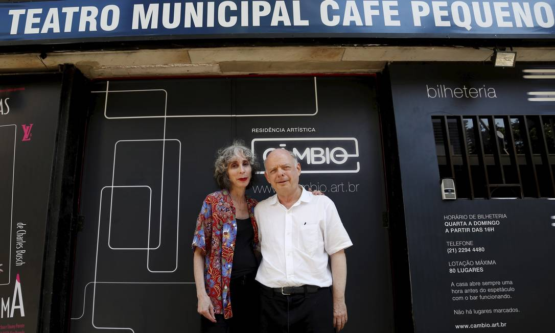 Shawn e Deborah após ensaio no Teatro Café Pequeno - Foto: Agência O Globo / Hudson Pontes/26-1-2014