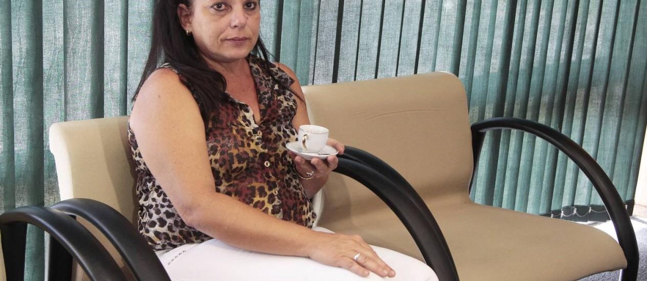 A médica cubana Ramona Matos Rodrigues dormiu na sala do gabinete do DEM Foto: Jorge William / Agência O Globo