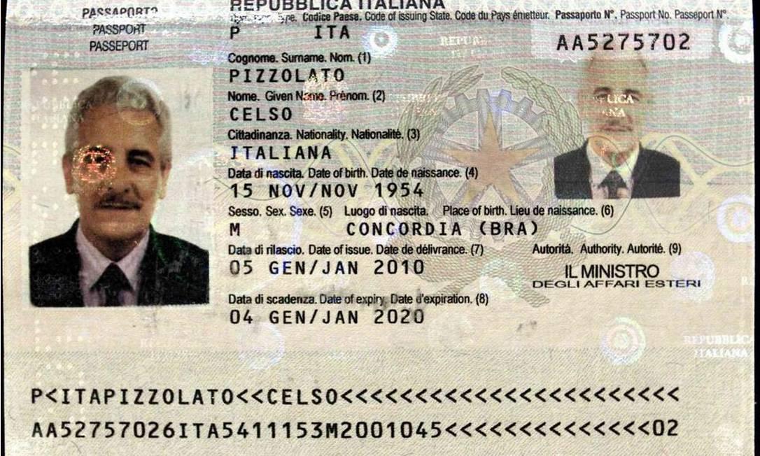 Interpol divulga passaporte usado por Henrique Pizzolato no nome do irmão Foto: / / Reprodução Interpol